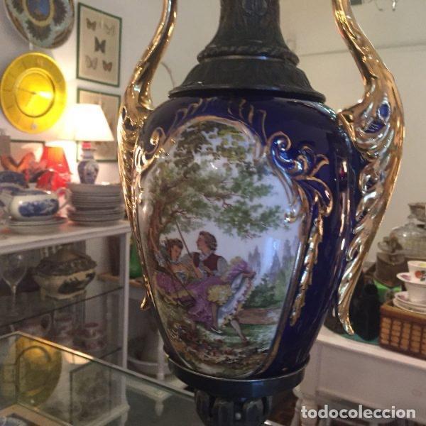 Antigüedades: Jarrón de porcelana de estilo imperial y motivos fragonard 62 cm - Foto 2 - 118468295