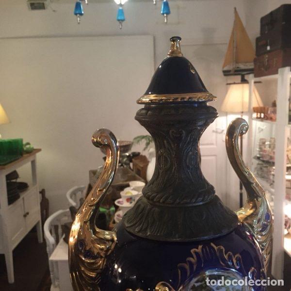 Antigüedades: Jarrón de porcelana de estilo imperial y motivos fragonard 62 cm - Foto 3 - 118468295