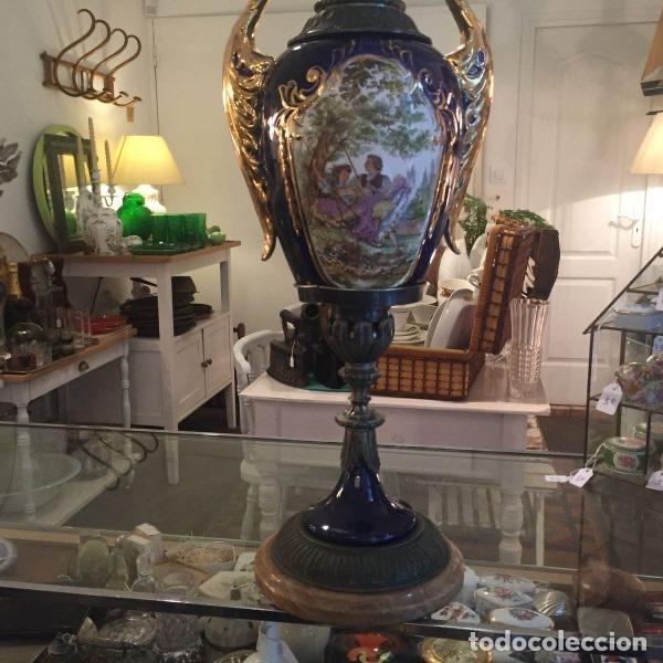 Antigüedades: Jarrón de porcelana de estilo imperial y motivos fragonard 62 cm - Foto 6 - 118468295