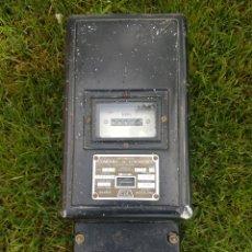 Antigüedades: ANTIGUO Y GRAN CONTADOR ELECTRICO ULTIMA REVISION 1980 ZXY. Lote 197728525