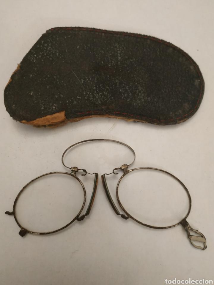 Antigüedades: Gafas graduadas tipo Quevedo con funda original - Foto 3 - 197944948