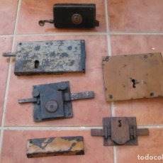 Antigüedades: LOTE DE 5 CERRADURAS ANTIGUAS. SIN LLAVES.. Lote 198022762