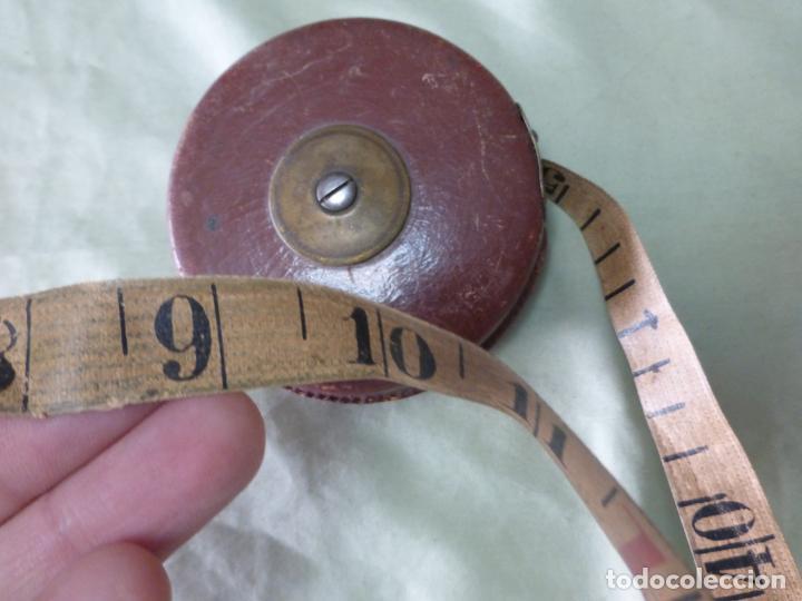 Antigüedades: ANTIGUA CINTA MÉTRICA EN CUERO Y BRONCE. 10 METROS . ORIGINAL PRINCIPIOS DEL XX - Foto 5 - 198036582