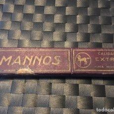 Antigüedades: CAJA DE NAVAJA DE AFEITAR MANNOS CALIDAD EXTRA. Lote 198037826