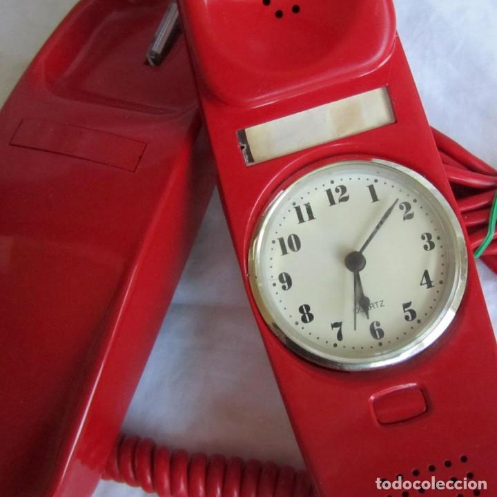 TELÉFONO GONDOLA ROJO CON RELOJ (FUNCIONANDO) (Antigüedades - Técnicas - Teléfonos Antiguos)
