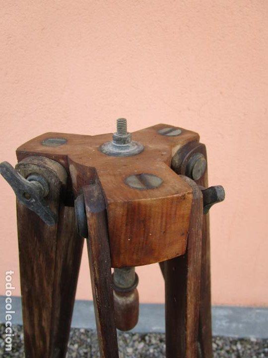 Antigüedades: Antiguo Trípode Militar Extensible, Madera de Roble - Aparatos Ópticos, Cámara Fotográfica -Original - Foto 12 - 198206511