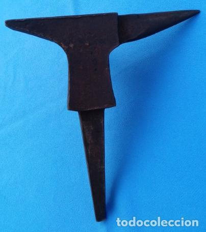 Antigüedades: YUNQUE BIGORNIA ANTIGUO EN HIERRO FORJA -S. XVIII-. 21 CMS DE ALTO Y 2.250 KGR DE PESO. - Foto 10 - 198408727
