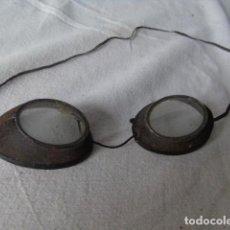 Antigüedades: GAFAS ANTIGUAS RARO. Lote 198477993