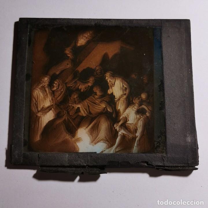 Antigüedades: ANTIGUO CRISTAL LINTERNA MAGICA RELIGIOSO - EL SANTO EVANGELIO - PROYECCIONES BOSCH - 10 X 8,5 CM - Foto 3 - 198594401