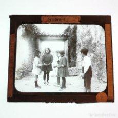 Antigüedades: ANTIGUO CRISTAL LINTERNA MAGICA - LA PROMETENÇA D'EN GUILLEMÍ - PRECINEMA - MUY RARO - 10X8,5 CM. Lote 198618388