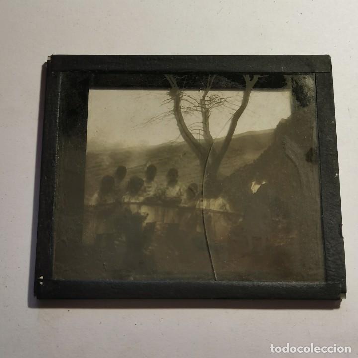 Antigüedades: ANTIGUO CRISTAL LINTERNA MAGICA - EL NOI DOLENT - JOSEP Mª FOLCH TORRES - PRECINEMA - 10X8,5 CM - Foto 3 - 198618868
