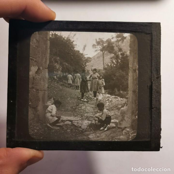 Antigüedades: ANTIGUO CRISTAL LINTERNA MAGICA - EL NOI DOLENT - JOSEP Mª FOLCH TORRES - PRECINEMA - 10X8,5 CM - Foto 3 - 198618963