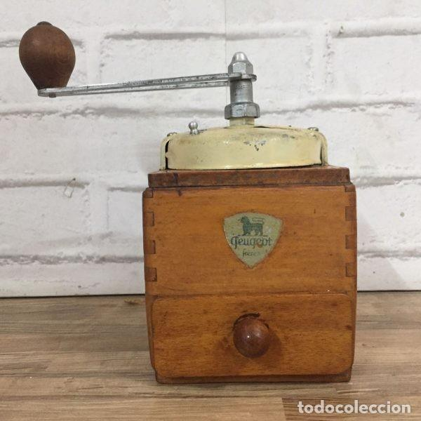 Antigüedades: Antiguo molinillo de café Peugeot Frerés Francia 1940`s - Foto 2 - 198945681