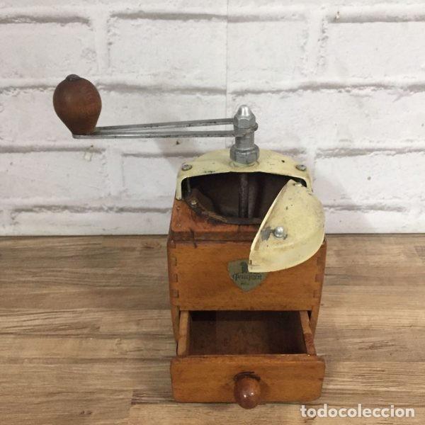 Antigüedades: Antiguo molinillo de café Peugeot Frerés Francia 1940`s - Foto 4 - 198945681