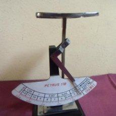 Antigüedades: ANTIGUA BASCULA PESA CARTAS PETRUS 118.. Lote 198949316