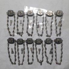 Antigüedades: CAJA CON 12 ANTIGUOS CANDADOS DE CADENA SIN USAR.. Lote 198962281
