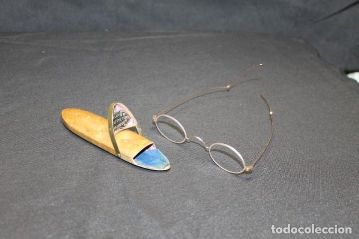 GAFAS PLEGABLES DE ORO DE LEY , PPS. 1900 (Antigüedades - Técnicas - Instrumentos Ópticos - Gafas Antiguas)