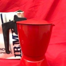 Antigüedades: IRMEL CAFETERA NOVA EXPRESS COFFEEPOT ROJO NUEVA VINTAG COFFEE MAKER ITALIANA DE COLECCION NUEVA. Lote 199085375