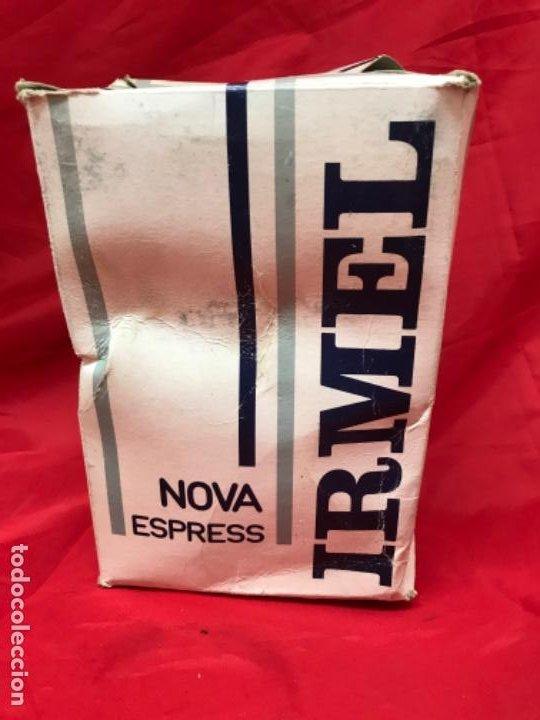 Antigüedades: Irmel cafetera nova express coffeepot rojo nueva vintag coffee maker italiana de coleccion nueva - Foto 8 - 199085375