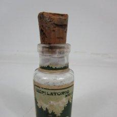 Antigüedades: ANTIGUO BOTE DE CRISTAL - MEDICAMENTO FARMACIA - DEPILATORIO NIEVE , DR LANGLIN - CON CONTENIDO. Lote 199087546