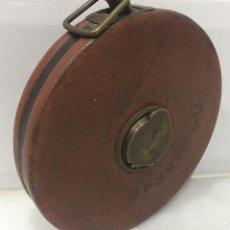Antigüedades: ANTIGUO METRO INGLÉS CUERO 1900. Lote 199222411