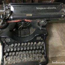 Antigüedades: MÁQUINA DE ESCRIBIR HISPANO OLIVETTI. Lote 199310333