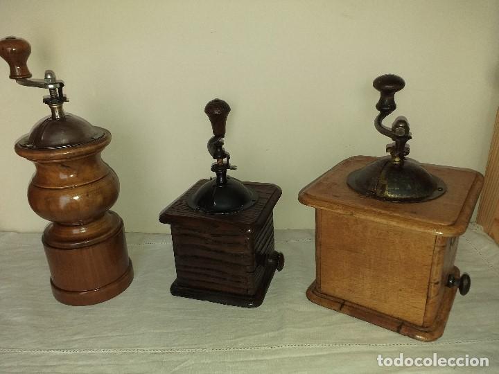 Antigüedades: 3 Molino Molinillo de cafe Italianos de la firma TRE SPADE y Marca B*T Depositata. - Foto 2 - 199370093