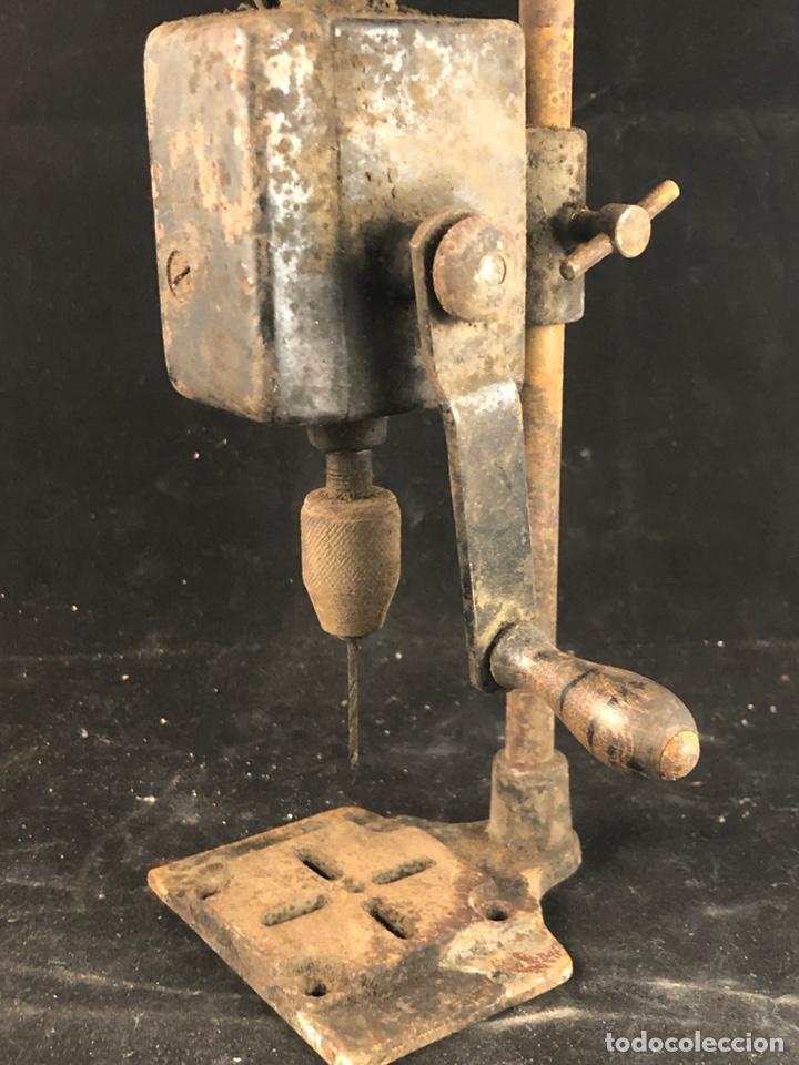 Antigüedades: Antiguo taladro manual - Foto 2 - 199392531