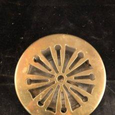 Antigüedades: ANTIGUO MIRADOR PARA PUERTA EN BRONCE DORADO. Lote 199412142
