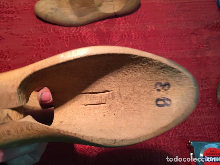 Antigüedades: Antiguas 2 horma / hormas de zapato antiguas para fabricar zapatos años 30-40 - Foto 4 - 199412466