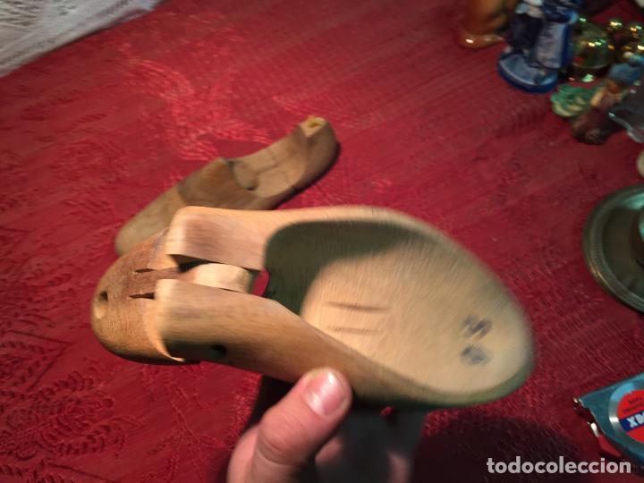 Antigüedades: Antiguas 2 horma / hormas de zapato antiguas para fabricar zapatos años 30-40 - Foto 6 - 199412466
