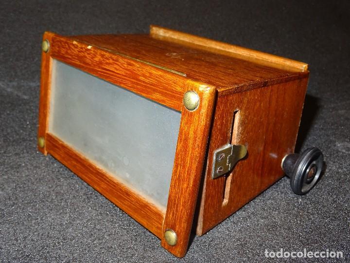 Antigüedades: Estereoscopio eduardino, madera de caoba, circa 1900 - Foto 6 - 199454625