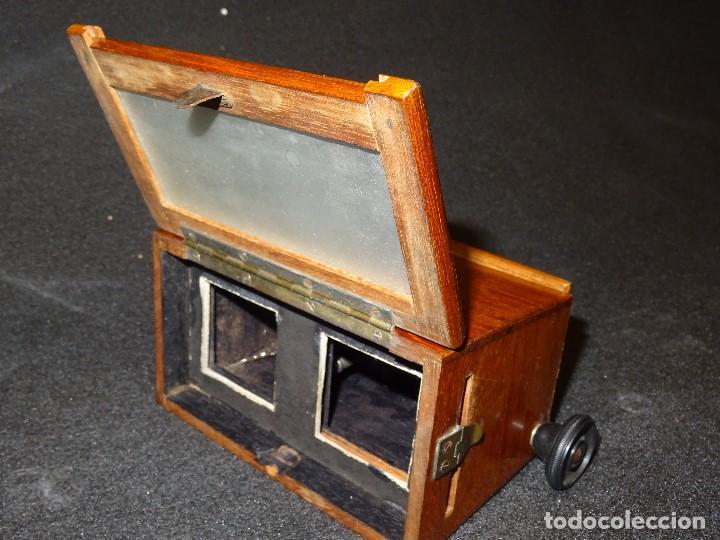 Antigüedades: Estereoscopio eduardino, madera de caoba, circa 1900 - Foto 7 - 199454625