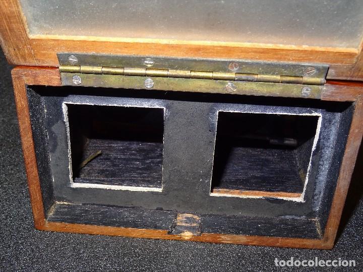 Antigüedades: Estereoscopio eduardino, madera de caoba, circa 1900 - Foto 9 - 199454625