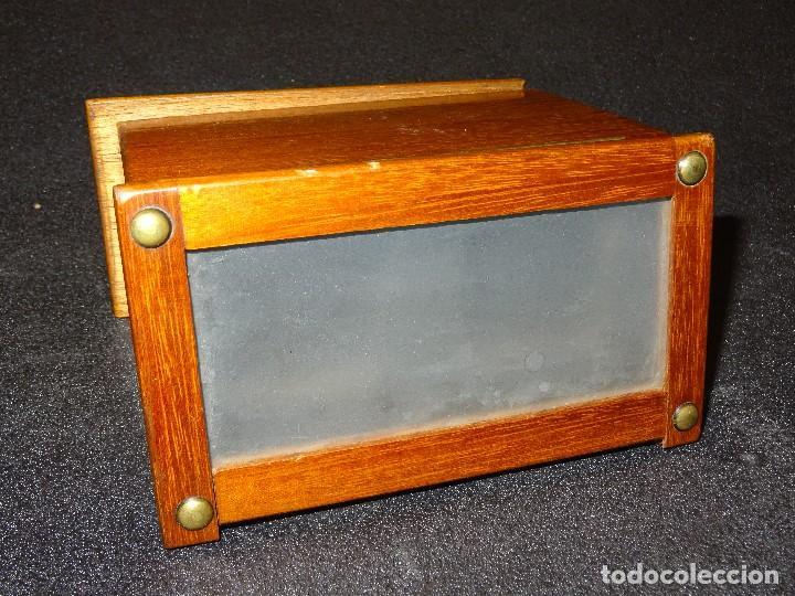 Antigüedades: Estereoscopio eduardino, madera de caoba, circa 1900 - Foto 12 - 199454625