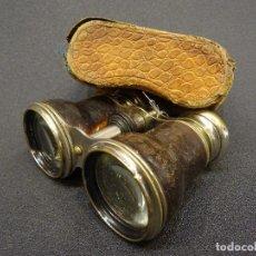 Antigüedades: PRISMÁTICOS INGLESES S.XIX, PIEL- CON FUNDA ORIGINAL . Lote 199457345