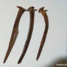 Antigüedades: TRES CLAVOS ANTIGUOS . Lote 199782245