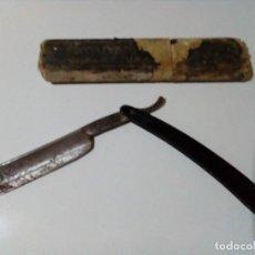 Antigüedades: MUY ANTIGUA NAVAJA DE BARBERIA SOLINGEN. Lote 199783446