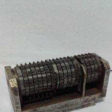 Antigüedades: NUMERADOR TIPOGRAFIA DE 7,5 CMS. Lote 199802225