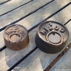 Antigüedades: LOTE DE 2 PESOS DE BASCULA. Lote 199839603