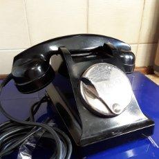 Teléfonos: ANTIGUO RARO TELÉFONO DE BAQUELITA Y SERVICIO A 3. Lote 199919308