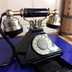 Teléfonos: COPIA DE TELÉFONO ANTIGUO. Lote 199919971