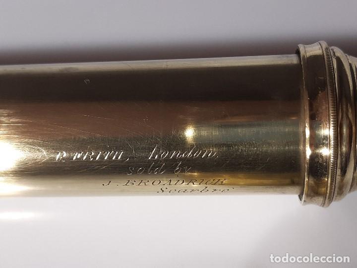Antigüedades: Catalejo. Firmado. P.Frith. Londres. Siglo XIX. Latón y cuero. - Foto 11 - 199965736