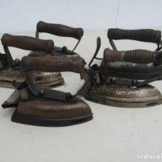 Antigüedades: LOTE DE 5 PLANCHAS ELECTRICAS ANTIGUAS. VER DESCRIPCION.. Lote 200066243