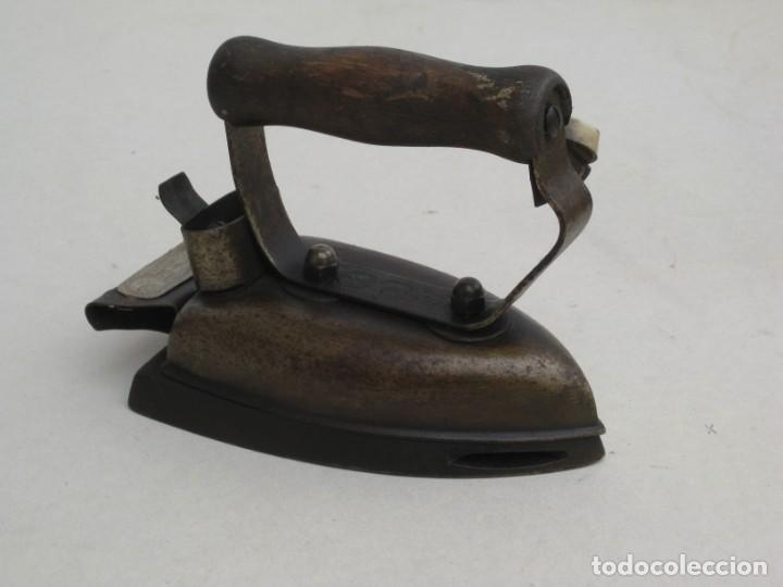 Antigüedades: Lote de 5 planchas electricas antiguas. Ver descripcion. - Foto 2 - 200066243