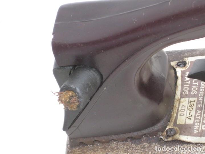 Antigüedades: Lote de 5 planchas electricas antiguas. Ver descripcion. - Foto 13 - 200066668