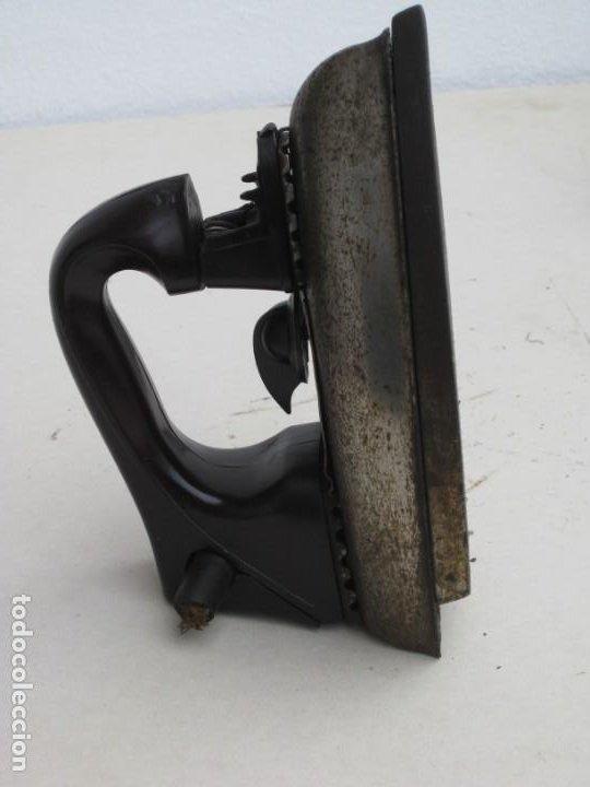Antigüedades: Lote de 5 planchas electricas antiguas. Ver descripcion. - Foto 15 - 200066668