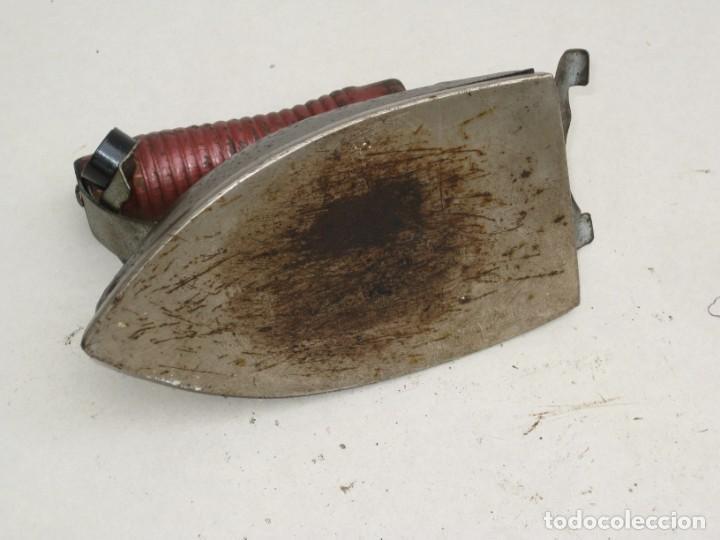 Antigüedades: Lote de 5 planchas electricas antiguas. Ver descripcion. - Foto 22 - 200066668