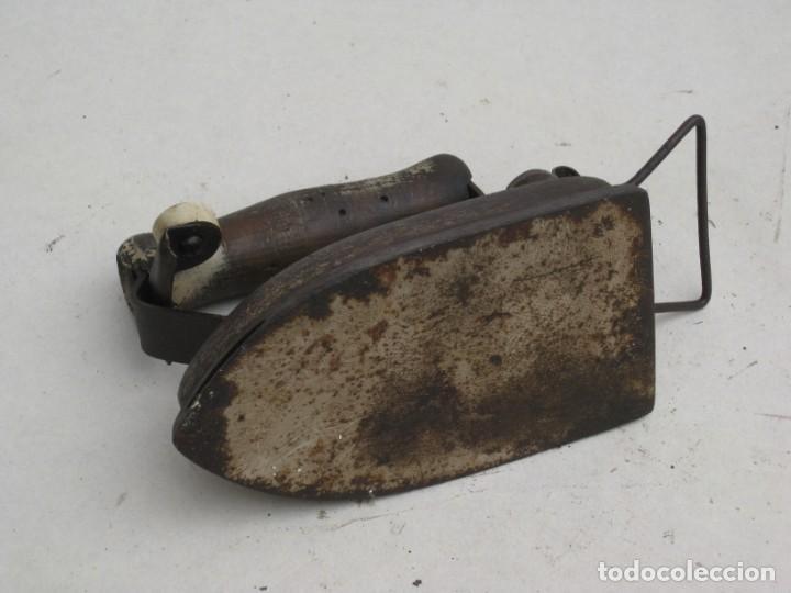 Antigüedades: Lote de 5 planchas electricas antiguas. Ver descripcion. - Foto 27 - 200066668