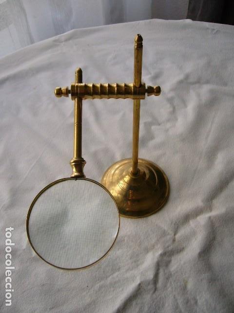 Antigüedades: LUPA DORADA CON BASE - Foto 2 - 200361332
